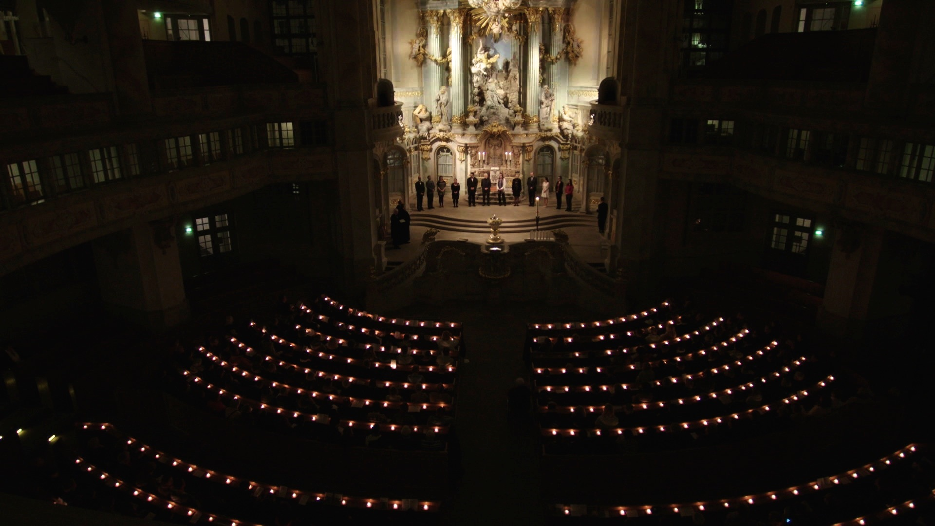 Frauenkirche by candlelight - Eron Sheean