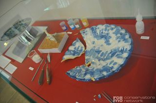 Porcelain conservation (adornment, glass and ceramics)