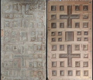 "Door called ""of the cross"" before and after its restoration"